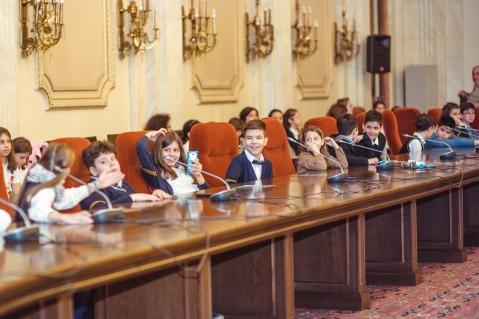 Parlamentul copiilor Itsy Bitsy 3
