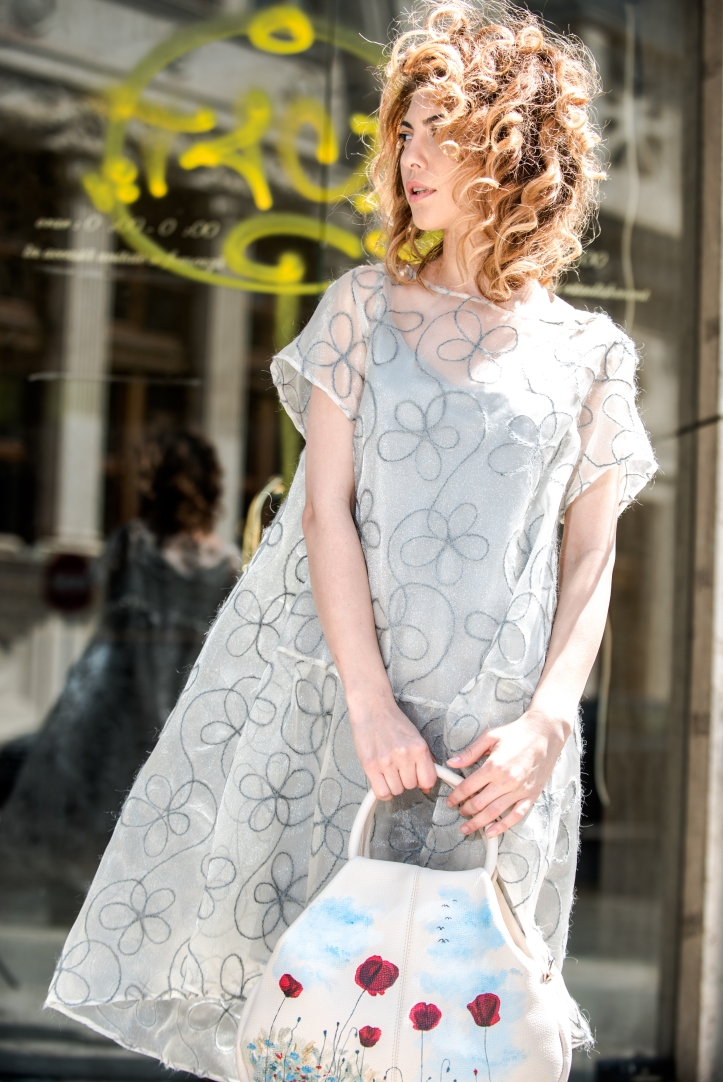 Rochie Whiskers and Tales, geanta Lyria